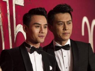 戏里兄弟,戏外不合,靳东与王凯的粉丝大战正是拉开!